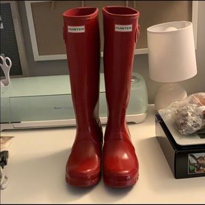 Red Glossy Hunter Boots